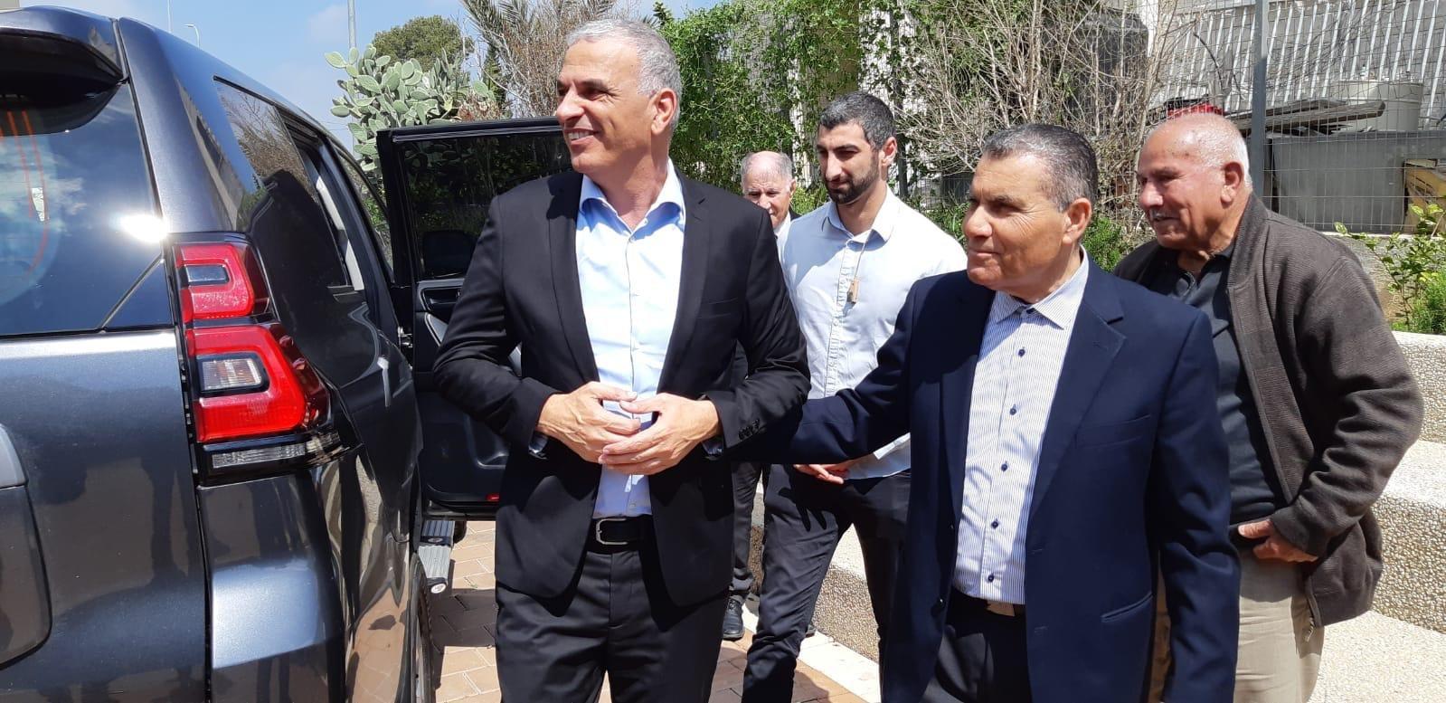 Photo of وزير المالية كحلون يزور المجلس الإقليمي بستان المرج