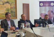 Photo of رئيس بلدية الناصرة يعقد مؤتمرا صحفيا حول زيارته البابا